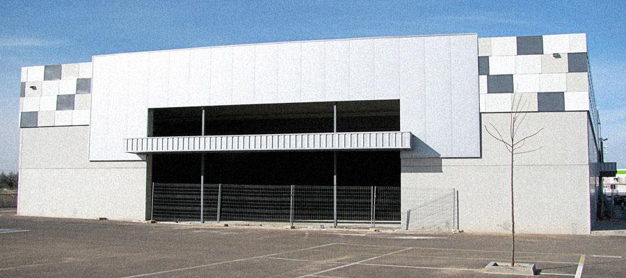 230 LCC Adecuación Nave Implantación Supermercado. Badajoz - Coined